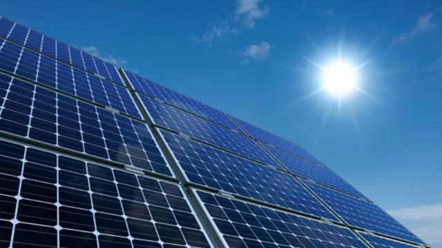 solar-panels-jpg_4349101_ver1_0_640_360